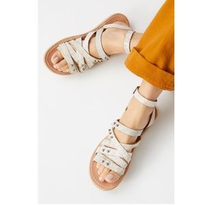 New FARYLROBIN x FP Jones Strappy Sandal size 9